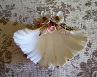 Vintage shell dish bowl sea shell Beach decor Jewelry holder Ring holderHome decor Shabby Chic Shell art Soap dish Tableware Trinket dish
