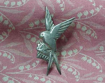 Vintage 750 Silver Love Bird with Letter Brooch pin