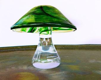 Vintage Art Glass Mushroom Toadstool , Paperweight Sculpture OOAK Handmade 1980's  Collectible American Art Glass unknown Artisan