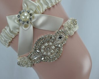 Wedding Garter Set With Gorgeous Crystals Pearl Rhinestone Applique
