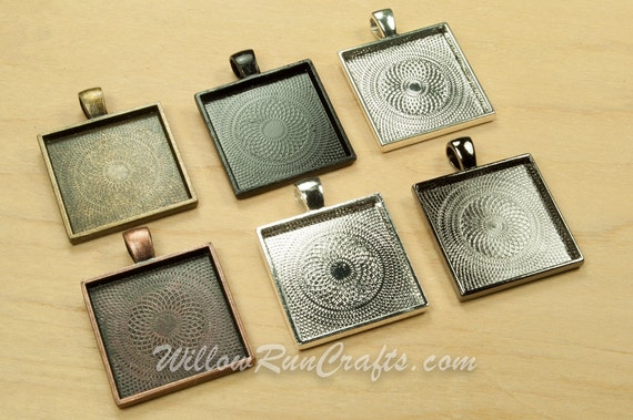 10 pcs 25mm Square Pendant 1 inch Trays with 10 Flat Glass Squares Ant Bronze, Ant Silver, Ant Copper, Black and Silver. Bezel Setting