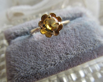 Danusharose Vintage 1970s Daisy Sunshine Honey Yellow possibly Scapolite Citrine Yellow Sapphire  Engagement Ring 5.75 Fine Jewelry Report