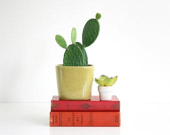 Mid Century Modern Glidden Yellow Ceramic Art Pottery Planter / Vintage Glidden Speckled Flower Pot / Glidden 218 Ceramic Planter
