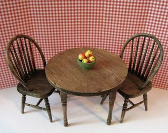 Dollhouse Kitchen table, kitchen chairs, round table, country table, twelfth scale, dollhouse miniature