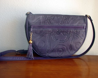 SALE --- Glam 1980s Purple Embossed Faux leather Shoulder Bag