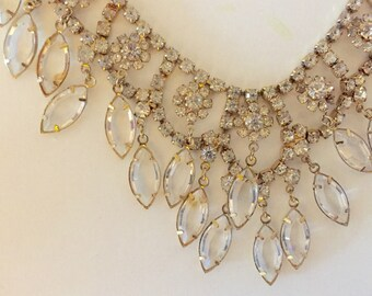 Vintage rhinestone dangling crystals necklace
