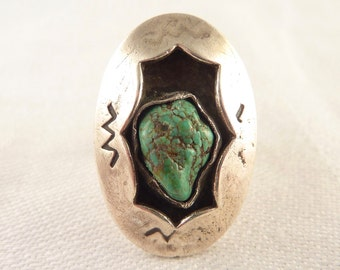 Vintage Size 7.5 Oval Native American Sterling Raw Turquoise Ring