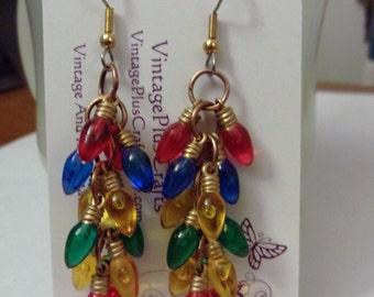 Christmas Light Bulb Earrings, Cluster Earrings, Christmas Earrings, Mutil Colored Earrings, Dangle Christmas Earrings
