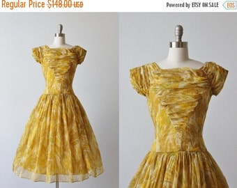 SALE 1950s Dress / Party Dress / Formal Lace / Chiffon / Golden Hues