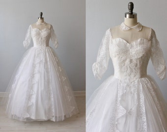 Vintage 1950s Wedding Dress 50s Lace PeterPan Collar Swan