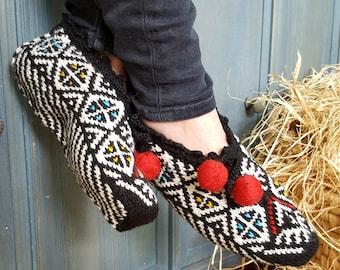 FairTrade Traditional Slipper Socks, Fair Trade Socks, Knit Wool Socks, Knitted slipper socks, Handmade Slipper Socks, Socks, Handmade Socks