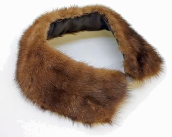 50's / 60's Vintage Mink Collar / Medium to Dark Brown