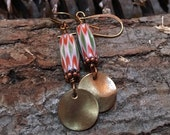 Earrings vintage India glass bead with chevron desgn and brass disk