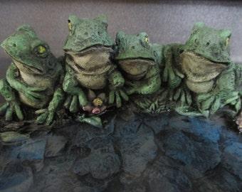 Small Bird Bath or Bird Feeder Frogs Concrete Garden Statue 9X7X3 inches