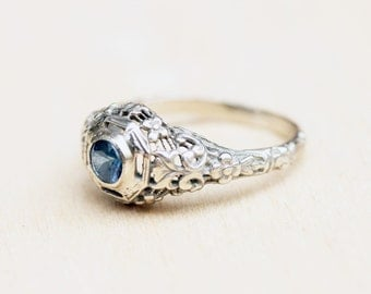 14K White Gold Art Nouveau Sapphire Ring - Size 5.5