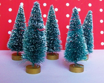 5 Bottle Brush Trees 3 inch Sisel Frosted Evergreen Christmas with Gold Base for Craft