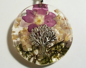 Tree Charm Real Purple And  White Flowers Green Moss Nature Pendant  Resin Necklace Tree Of Life Babies Breath  Bohemian Jewelry