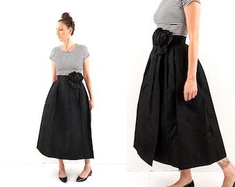 vintage 50s black TAFFETA high waist FLOWER skirt S-M