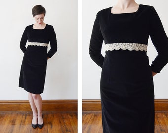 1960s Black Velveteen Dress - XS/S