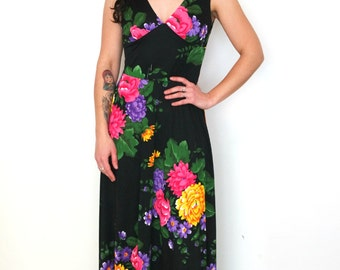 French vintage 1970s black long maxi floral dress - small medium - S M