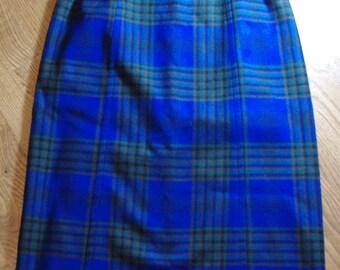 Vintage Classic Pendleton Blue Plaid  Wool Wrap Skirt size medium