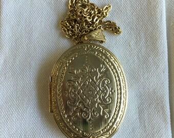 Vintage Victorian Revival Large Locket Pendant Necklace