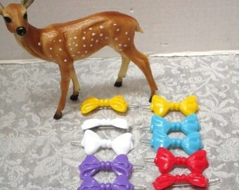 Lot of 10 VINTAGE Large Barrettes, Little Girls, Bow Shapes, Metal Clip, Plastic Colorful Fun 80s Hair Clips Yellow Aqua White Purple