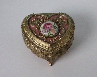Vintage Gold tone with Pink Enamel and Porcelain Flower Cab, Heart Shaped Jewelry Box