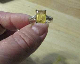 Vintage CITRINE STERLING Silver Womens Ring Yellow Stone Size 7