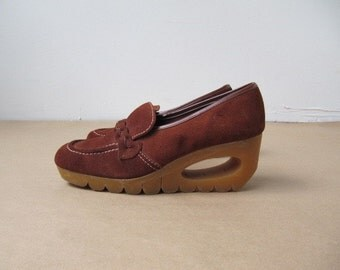 vintage 1970s rust leather wedge shoe 7