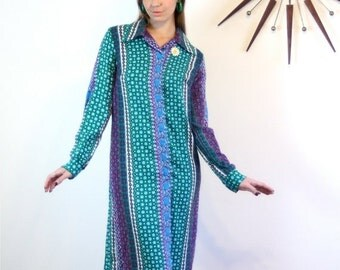 SALE 50% OFF Vintage 70s Paisley Dress Long Sleeve Butterfly Collar SEARS Fashion Colorful Print Aqua Green Purple Blue Sheath Tent 1970s Ma