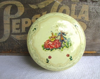 Vintage Romantic Victorian Daher Decorated Ware Tin  Round Container