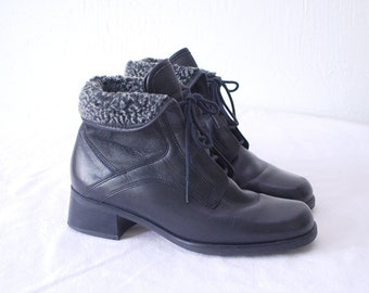 80s 90s black shearling boots. leather ankle boots by Gabor - eur 37, us 6.5, uk 4