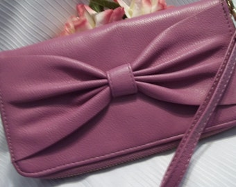 MINT Gorgeous Dusty Rose / Mauve Pink Pebbled Leather Bow Accent Wallet  / Clutch - Accessory - Womens