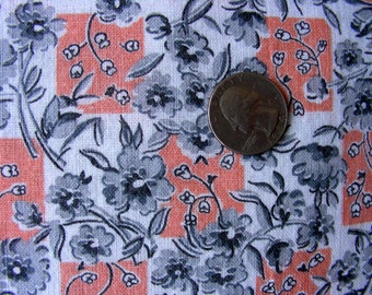 Vintage  Feedsack  Fabric - CHARMING Pale Orange,White,Gray Flowers  - 36 x 42