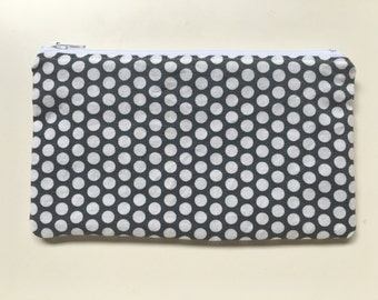 Snack Bag, Zipper Snack Bag, Reusable Snack Bag,  Essential Oul Bag, Makeup Bag, Polka Dot Gray