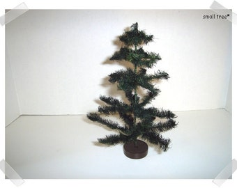 """Green Sisal Tree with Wooden Base*/ 8"""" Tall/  Holiday Decor/ Supplies*"""
