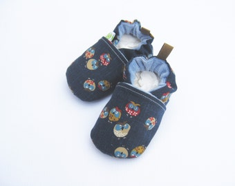Classic Sleepy Owls / All Fabric Soft Sole Baby Shoes / Made to Order / Navy Blue