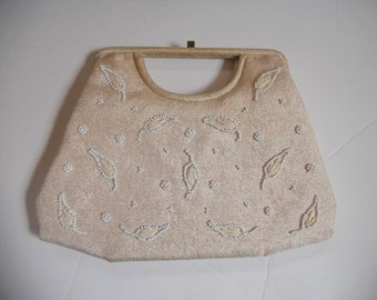 Vintage Soure Bag linen and bead handbag with straw accents.