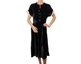 Vintage 1940s Dress Black Velvet w Lace Trim Size M