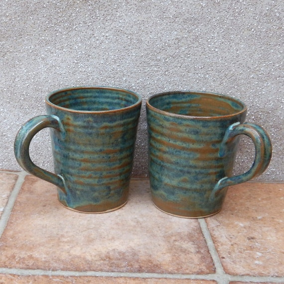 Pair of latte coffee mug tea cup in stoneware hand thrown ceramic pottery