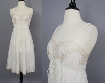 vintage 60s Lacy Nylon Nightgown / 1960s Ivory and Blush Romantic Chiffon Nightie Lingerie / Eyeful by the Flaums / XS 32