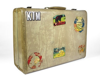Vintage Cream Hard Shell Suitcase with Retro Travel Stickers - Samsonite Streamlite