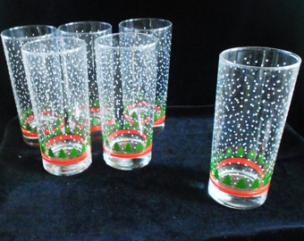 6  Vintage Drinking Glasses  Christmas Snow Flake Christmas Tree Red Band Design Tall Tumbler Style