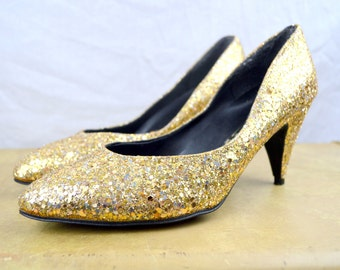 Vintage 1980s Gold Sparkle Metallic Heels Pumps Shoes - Made in Lebanon