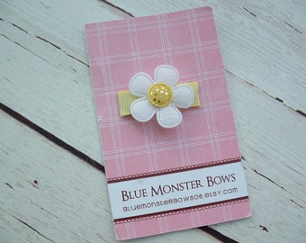 ONE DOLLAR CLIP White Flower with Yellow Gingham Glitter Center Baby Snap Clip No Slip