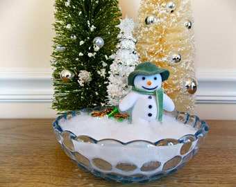 Snowman, Miniature Snowman, Christmas Decoration, Diorama, Mantel, Christmas Decororation, Holiday Decor, Tabletop, Christmas Tabletop