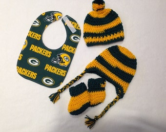Green Bay Packers baby gift set(size 0 to 6 months or 6 to 12 months))
