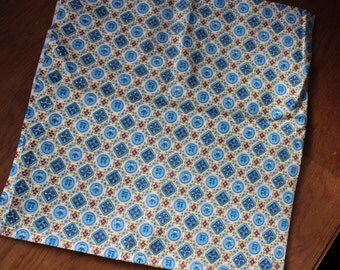"""Cotton FABRIC One yard 35"""" width unused Yardage Quilting Feed sack style 1940 VINTAGE by Plantdreaming"""