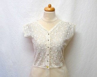 1940s / 50s Vintage Embroidered Nylon Blouse / White Floral Embroidered Shirt